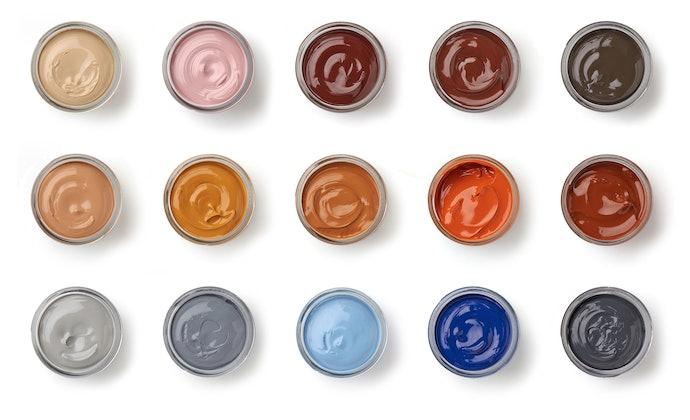 色味の回復や傷の補修には「色付き(カラータイプ)」