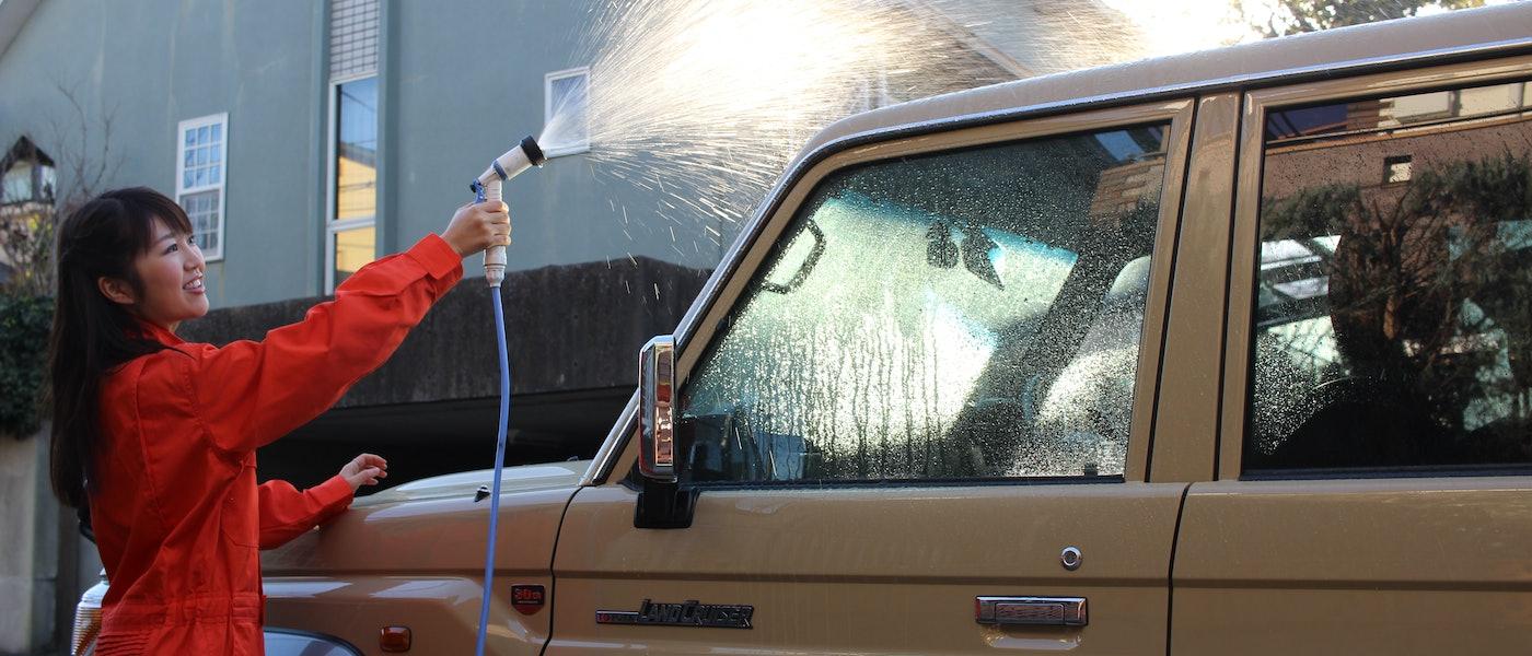 カー用品のプロが愛用!愛車を輝かせるおすすめ洗車グッズ7選