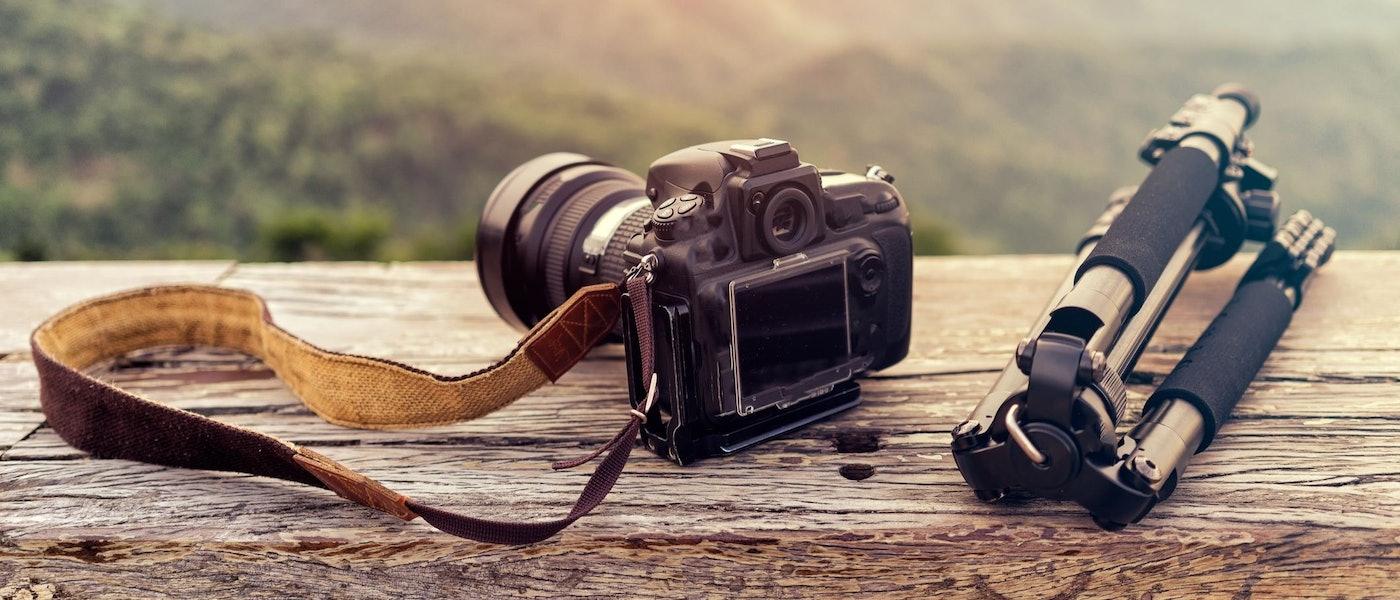 カメラフリークが愛用!素敵な写真を撮るためのおすすめカメラ&周辺グッズ7選