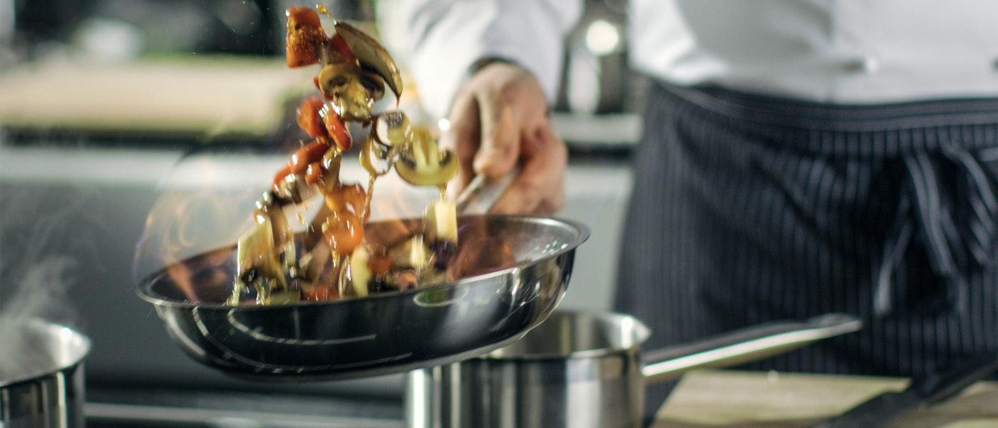 フレンチの達人!料理研究家スマイリーのおすすめ料理アイテム10選