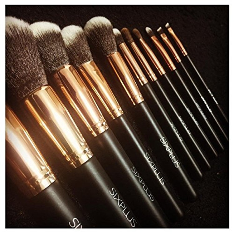 貴族のゴールド メイクブラシ11本セット ブラウン化粧ポーチ付きの画像