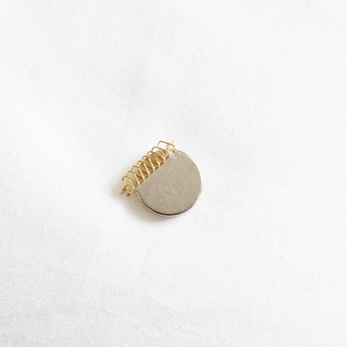 結論:製作所による精巧な作りのバネ!自作では困難な巻き爪の矯正力を実感。紛失防止に強力磁石が役立つかも?