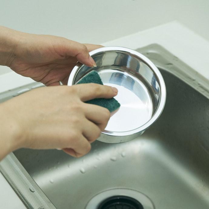 扱いやすく汚れがきれいに落ちるが、内側の角は洗いにくく減点に