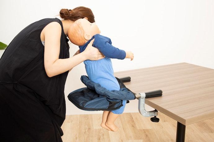使い勝手は×。赤ちゃんの乗せ降ろしがとにかく面倒で使いづらい