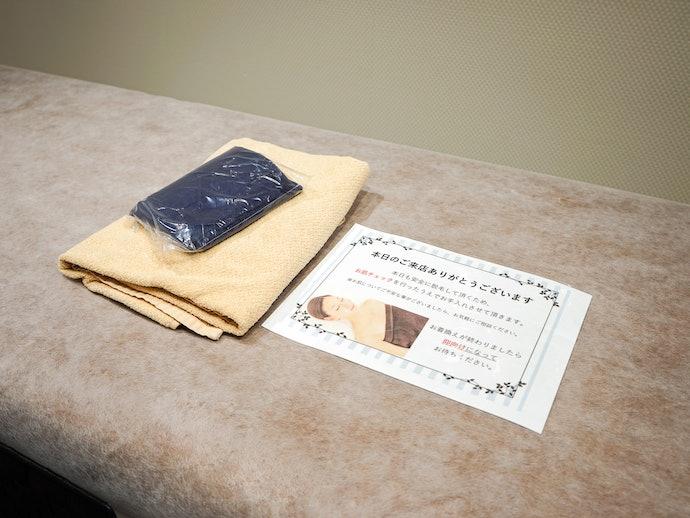 使い捨てのベッドシートで衛生面に配慮