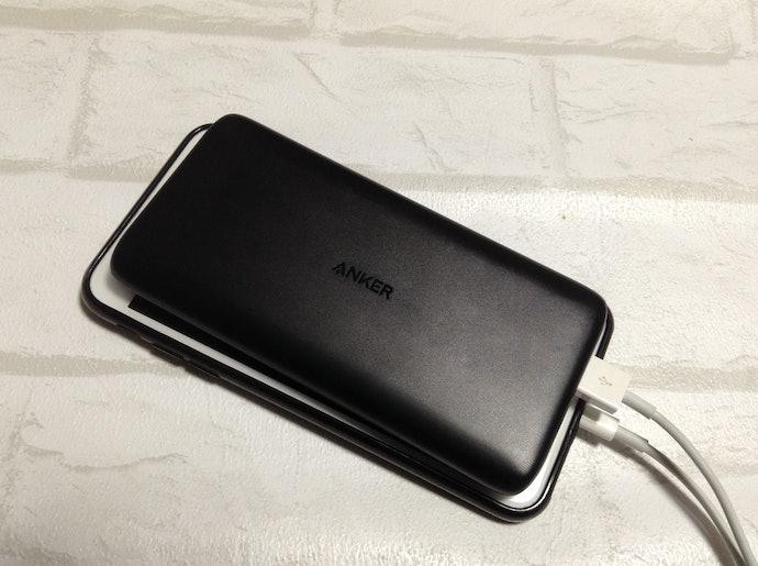 サイズはiPhone Xとほぼ同じ!