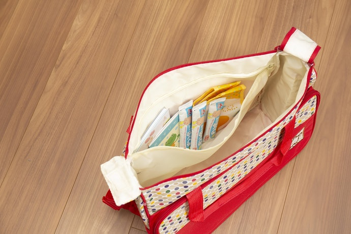 メインバッグは多機能!ポケットがたくさんあり収納力抜群