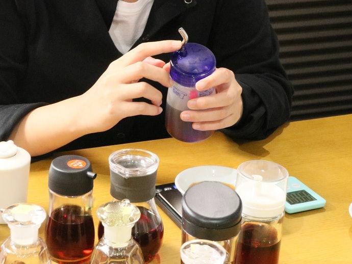 使いやすさはいまひとつ。容器が固く醤油を出しづらい