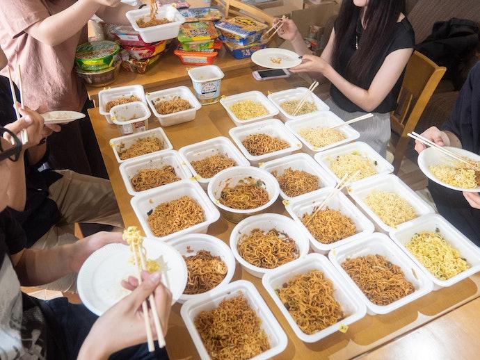 マルちゃん正麺 カップ 焼そばを実際に試して検証レビュー!