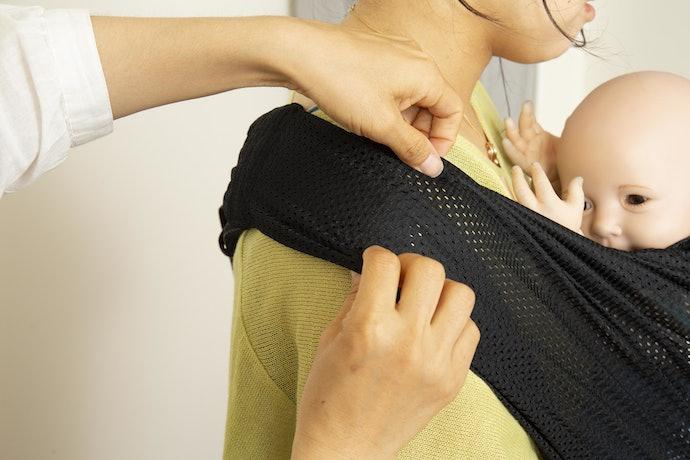 肩ベルトが内側にズレて首が痛くなる…