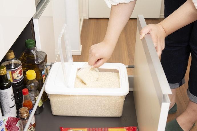 パッとお米を取り出せる!ワンタッチで楽々開閉