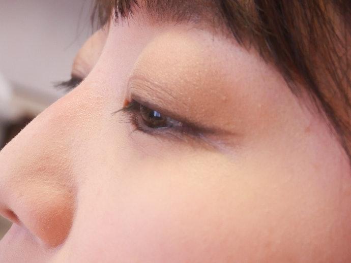 乾燥する目元に使用する場合は保湿を忘れずに