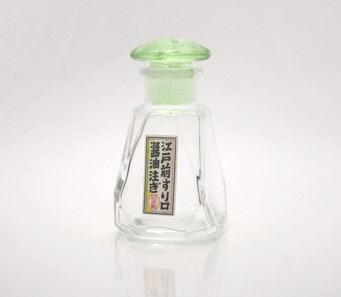伝統製法の創業から変わらない形。岩澤硝子 江戸前すり口醤油注ぎとは?