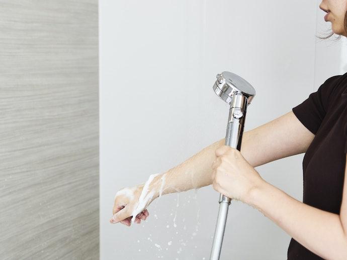 洗い流しやすさは期待ゼロ。ヌルヌル感が目立つ…