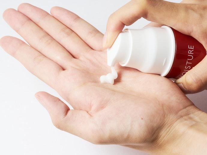清潔に使えるエアレスポンプ採用もポイント