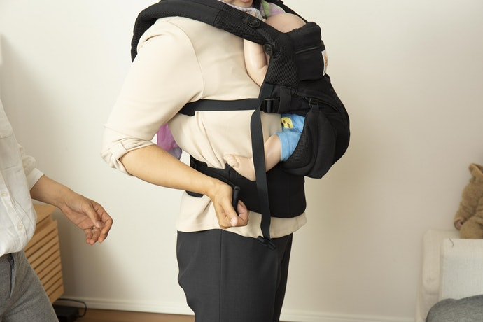 大きめな設計...でも、赤ちゃんのお尻の形に合えば優秀な抱っこひも!