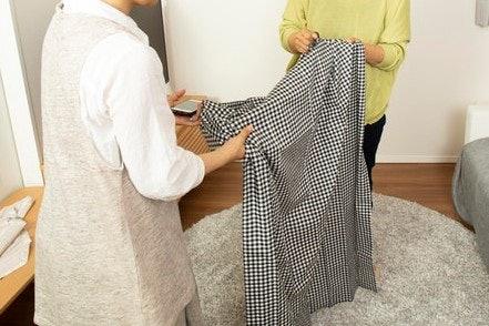 口コミ①:布が薄手でチープ