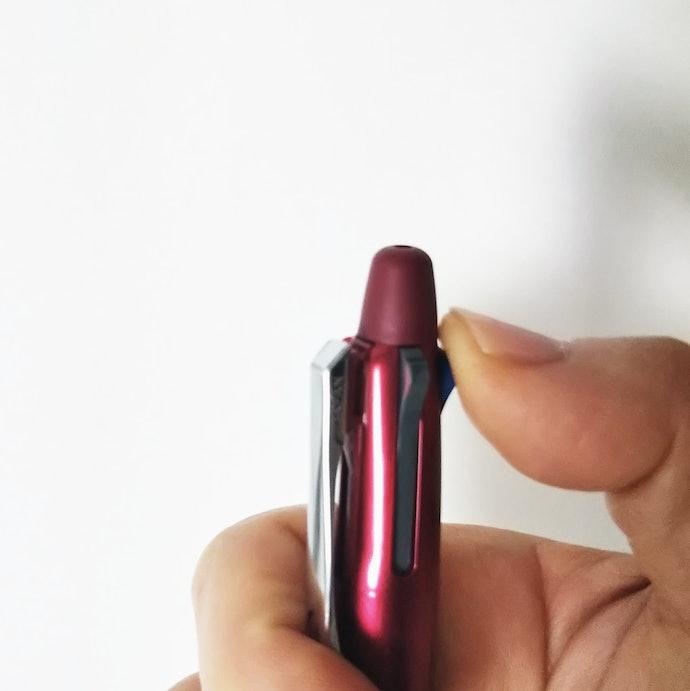 一目で色がわかる作りが◎指をレバーに引っ掛けて切り替える人にもぴったりな形