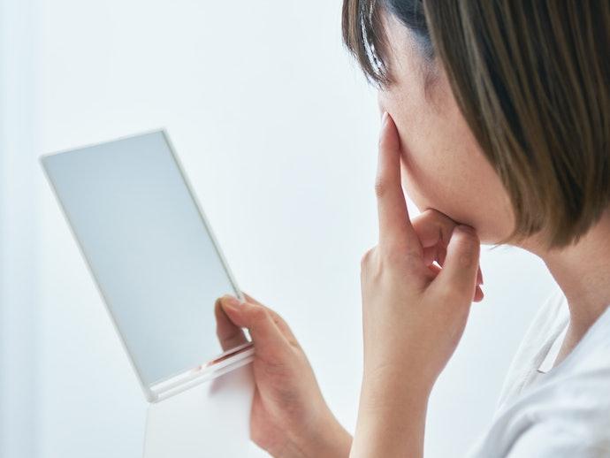 【トラブルに対する口コミ】顔にシミができてしまった。初期不良や故障が多い…?