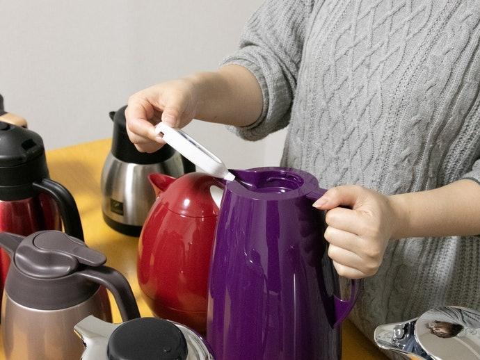 保冷力も全商品中トップ。冷えたお茶もすぐに飲める!