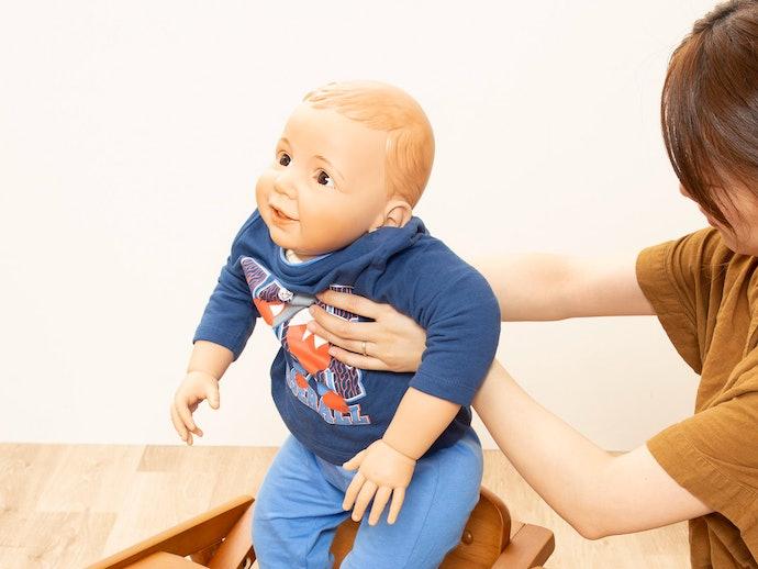 口コミ①:テーブルが邪魔になって子どもを座らせにくい