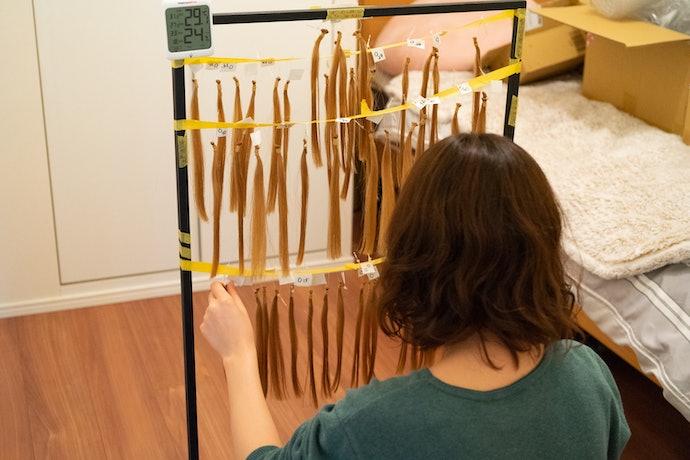 ダメージ補修力は水準以上。毛先のパサつき・広がり具合がやや気になる