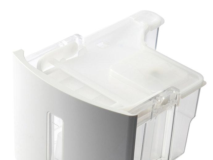 排水タンクはフタを外して掃除可能!1ヵ月に1回が目安