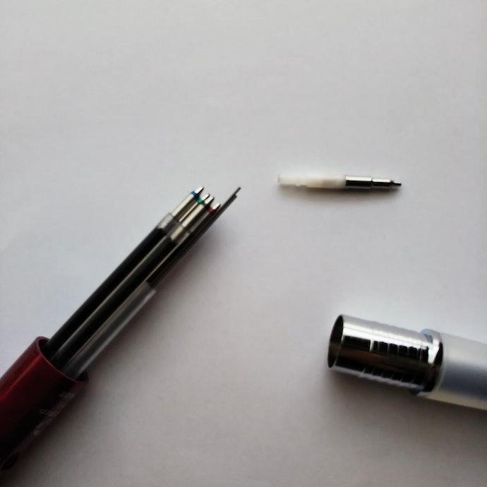 替え芯の替え方や芯の種類は?