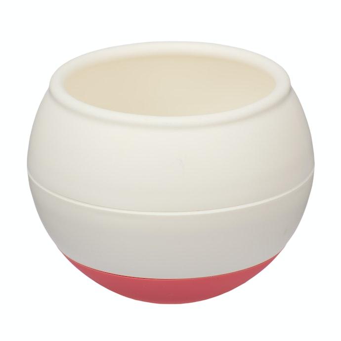 起き上がりこぼしの球状&凹凸で早食いを防止