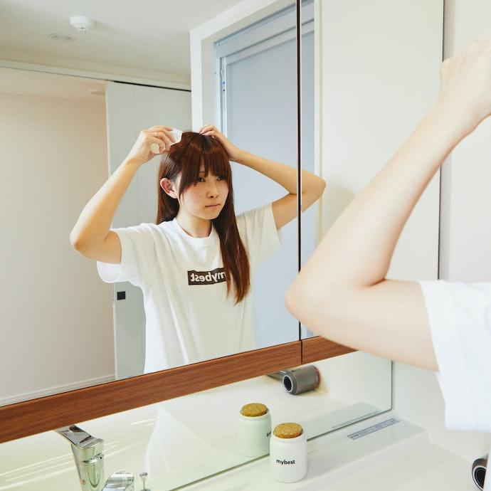 清潔な頭皮にプッシュするのがポイント!育毛剤の正しい使い方