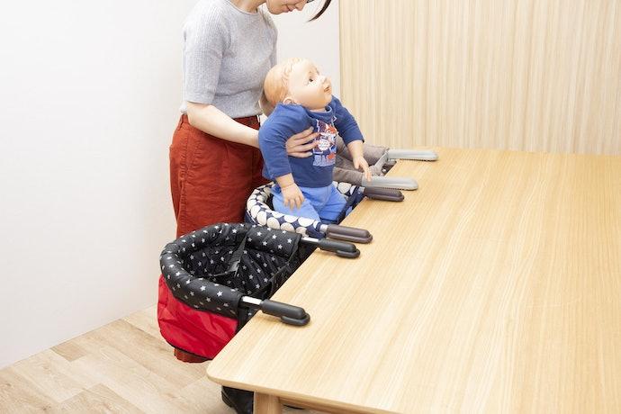 ベルトのホールド力が高く、子どもが前のめりになるのを防げる