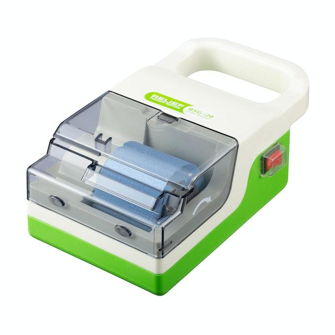 【レビュー結果】包丁研ぎ器26商品中15位。工具に慣れている方におすすめしたい、研磨力の確かな電動研ぎ器
