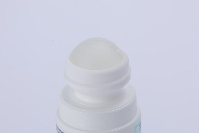 お風呂上がりの清潔で乾いた肌に塗ろう!エティアキシル デトランスピラン 敏感肌用の使い方
