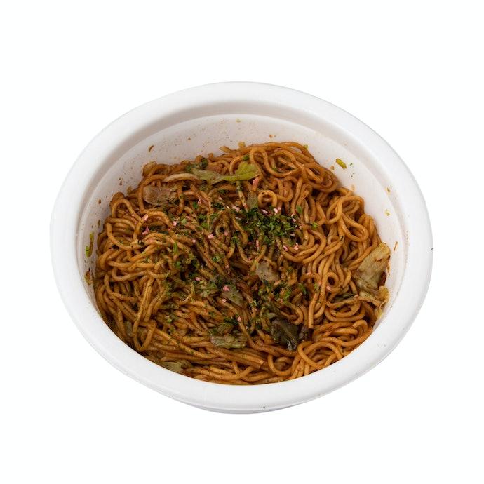 コシのある中太麺と大きめ具材で食べごたえ◎