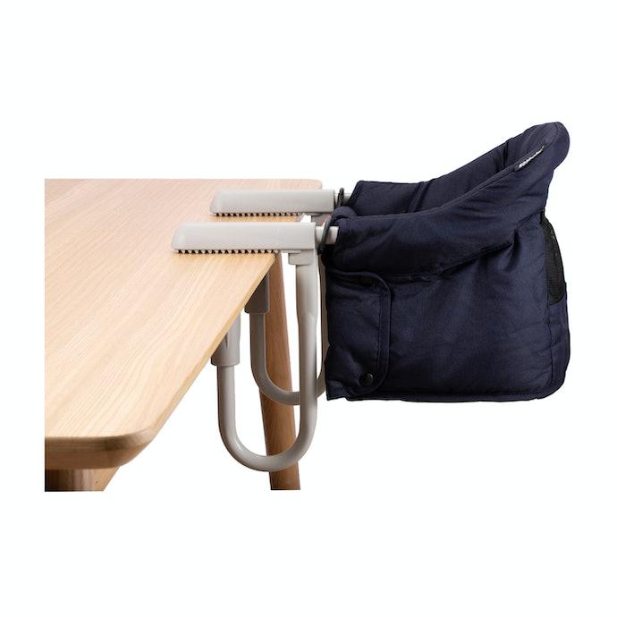 ママに嬉しい「使いやすさ」が評判。Newox テーブルチェアとは?