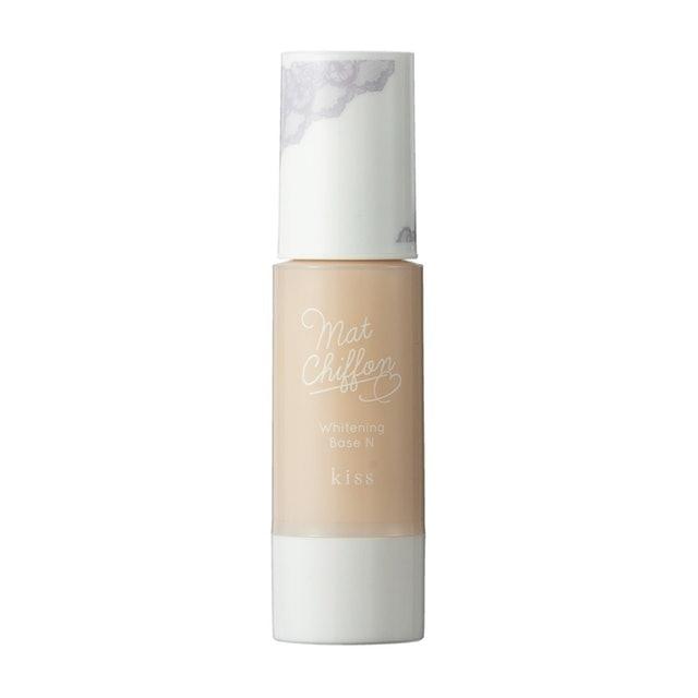 キス マットシフォンUVホワイトニングベースで、よりきれいな肌に仕上げるコツ