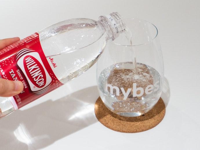 圧倒的な強炭酸!水自体の風味はほぼなし