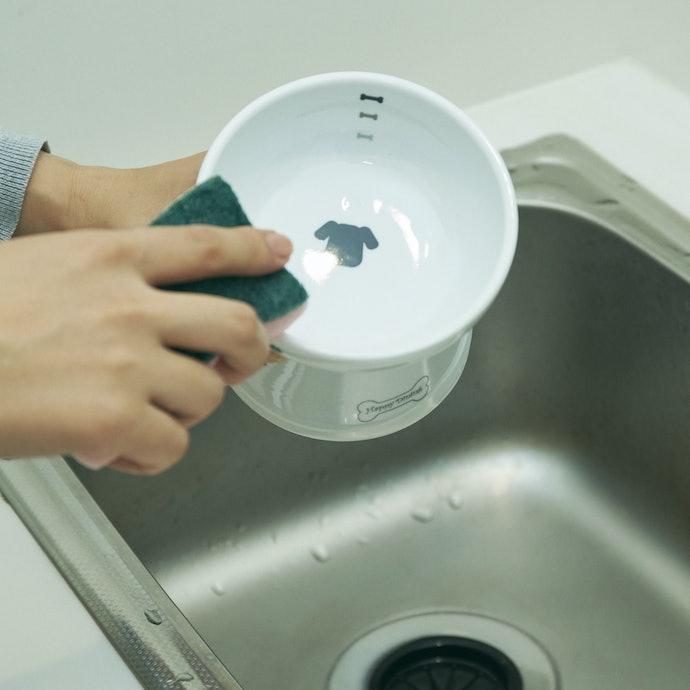 お手入れラクラク!持ちやすく洗いやすい形状で飼い主の負担も軽減