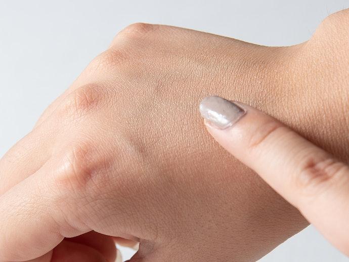 白さとベタつきがやや気になるものの、肌にマッチしたきれいな仕上がり!