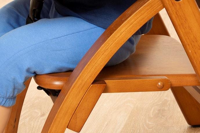 口コミ②:座面がツルツルでおしりがすべりやすい