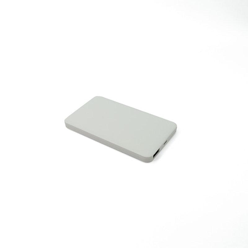 ダイソー モバイルバッテリー