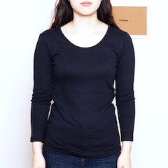 無印良品 綿とウールで真冬もあったかUネック八分袖Tシャツ 1枚目