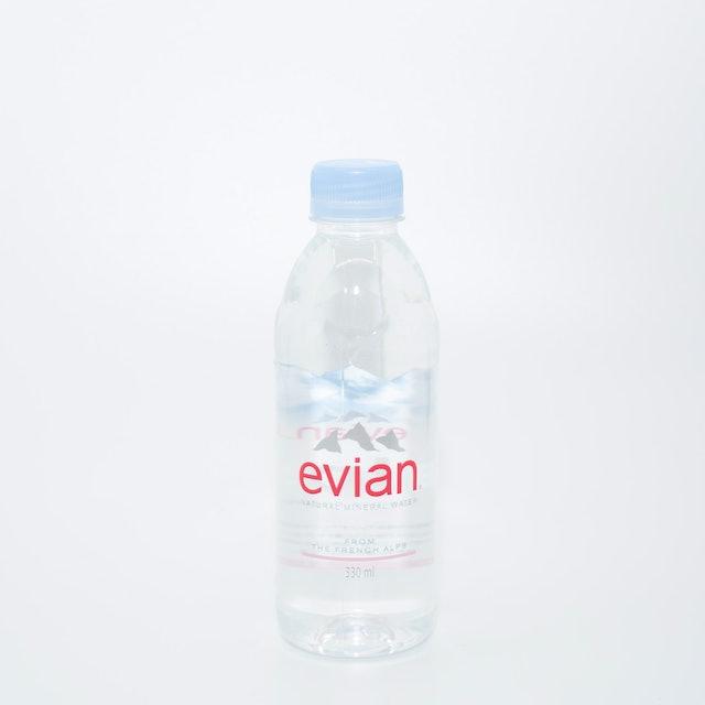 evian(エビアン)